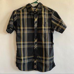 Boys button down short sleeve shirt size large